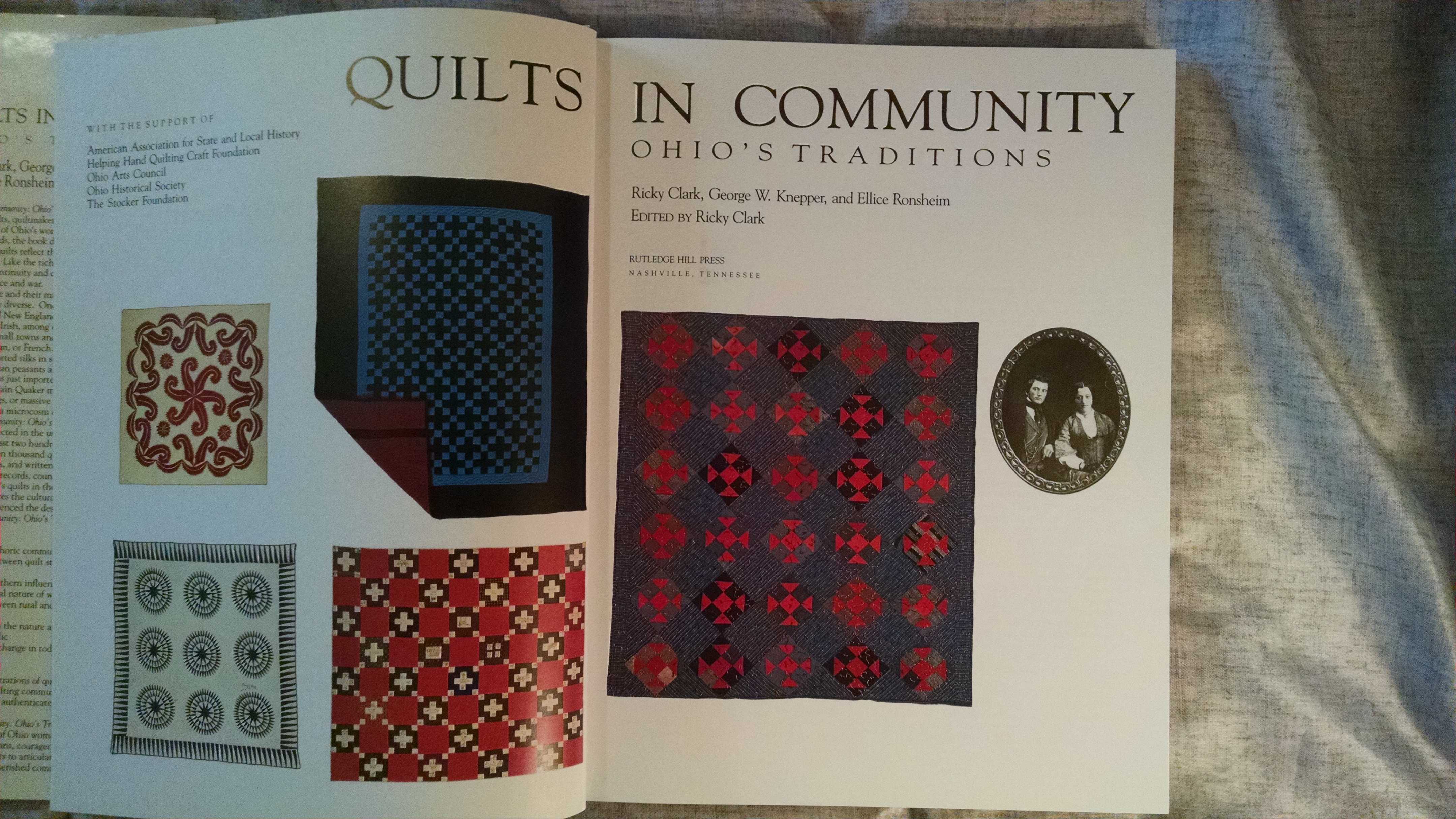Image for QUILTS IN COMMUNITY  OHIO'S TRADITIONS