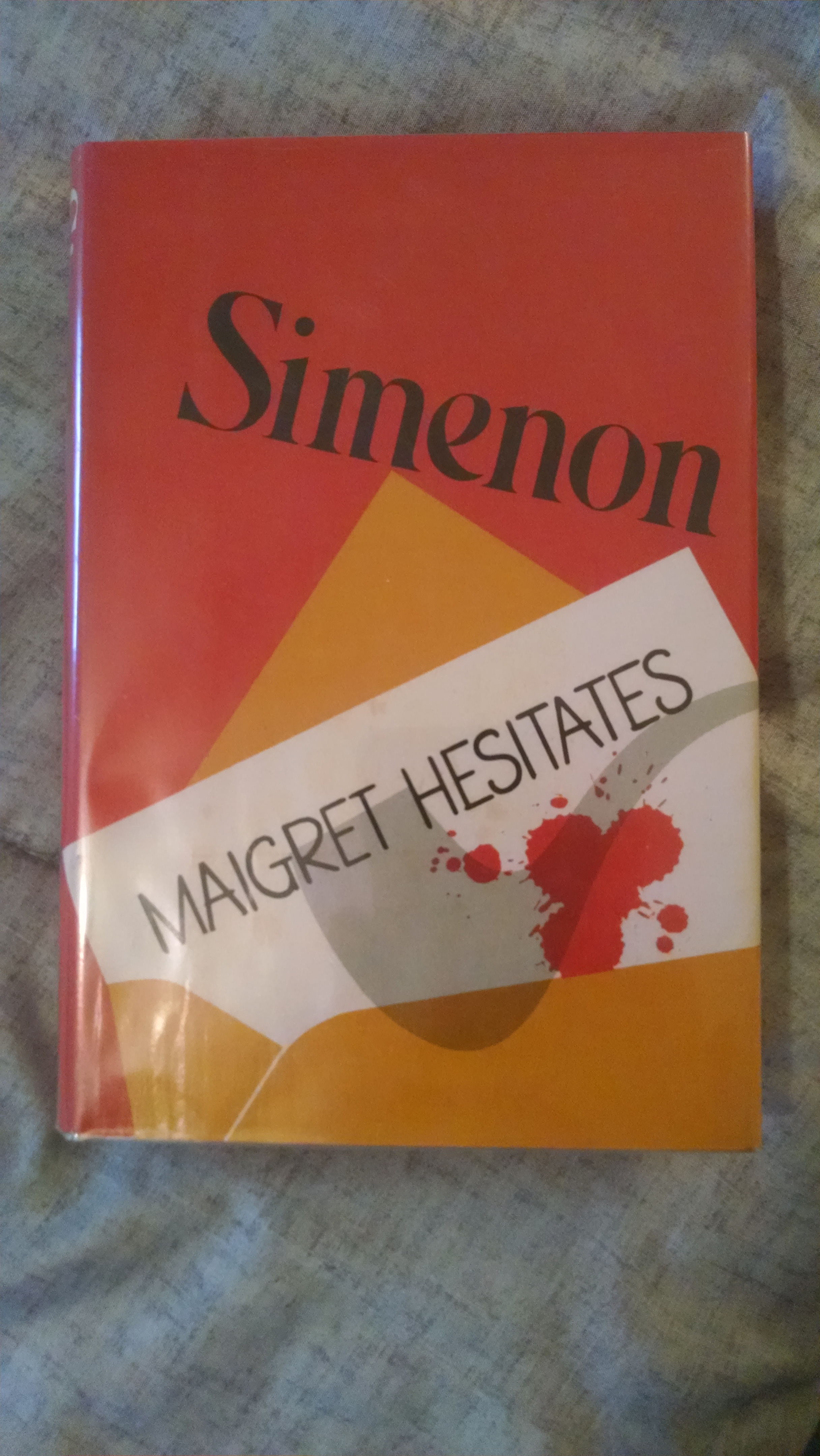Image for MAIGRET HESITATES